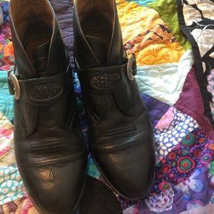 Aristotle Boots